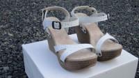 Lote de sandálias femininas Anabela