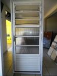 1371911346_521864991_4-Lote-de-Portas-em-Aluminio-Para-sua-casa