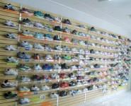 1380633409_551571157_1-Lote-50-tenis-novos-na-caixa-varias-marcas-e-todos-originais-fechamos-uma-loja-Bosque-da-Saude